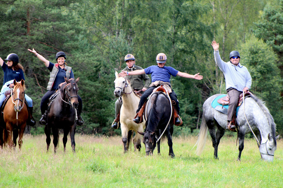 Horseback-UK-Corporate-Team-Leadership-Programs-6